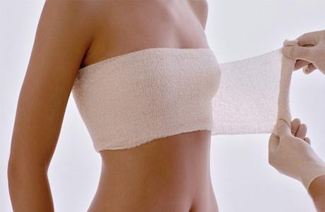 Đội ngũ bác sĩ giàu kinh nghiệm đảm bảo giúp bạn nâng ngực an toàn.
