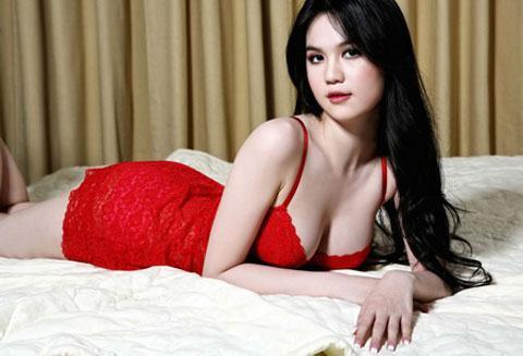 nhung-bo-nguc-dep-nhat-showbiz-viet-nam4