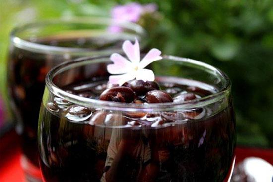 Uống nước đậu đen mỗi ngày sẽ ngăn chặn sự hình thành mỡ