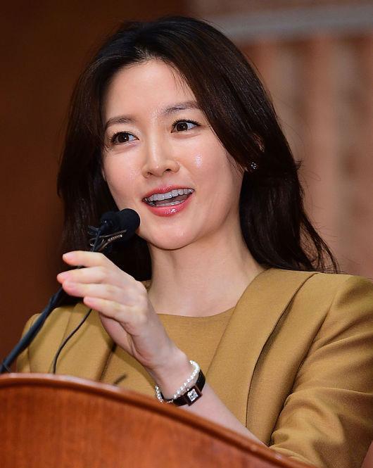 Tác dụng của Collagen tươi trong bí quyết làm đẹp của các mỹ nhân Hàn