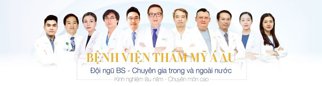 Đội ngũ bác sĩ thực hiện cắt mí mắt nhiều năm kinh nghiệm