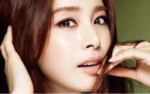 Bấm mí mắt Hàn Quốc sưng mấy ngày