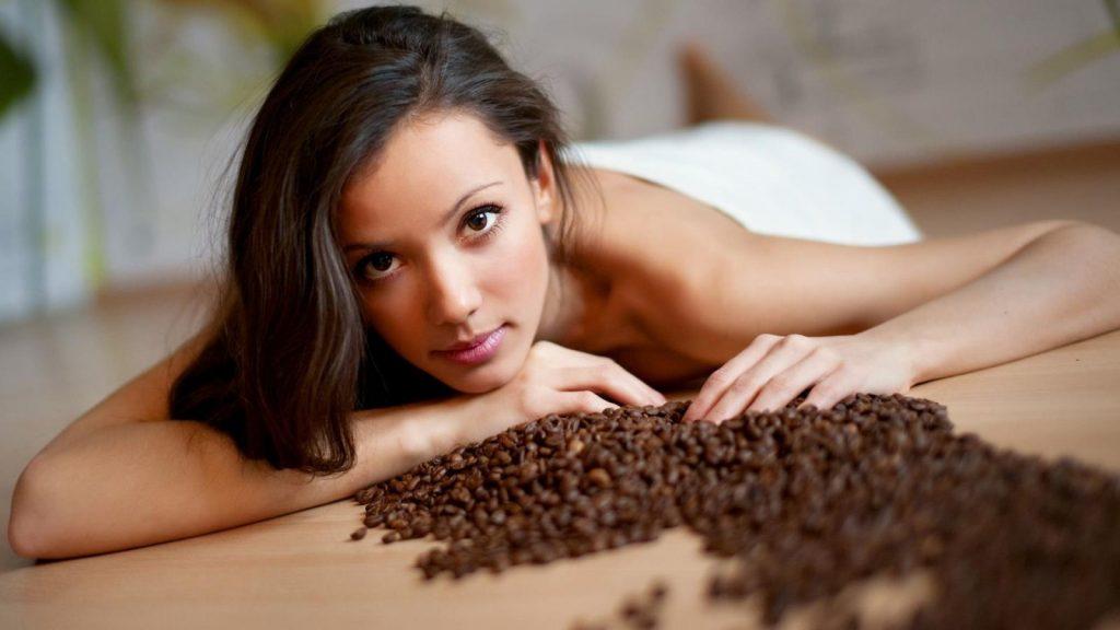 làm hồng cô bé bằng cafe