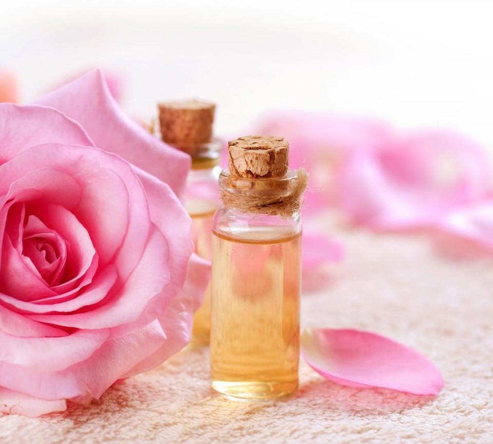 làm hồng nhũ hoa tại nhà