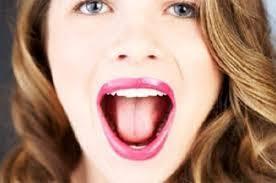 vận động miệng giúp giảm béo mặt