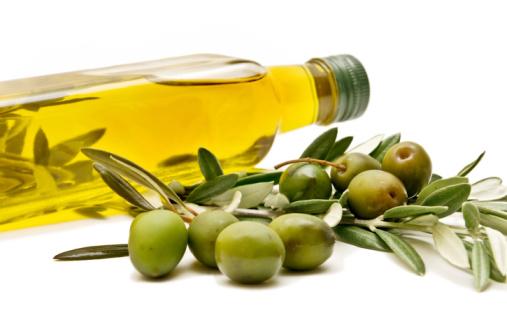 Cách làm hồng vùng kín bằng dầu oliu và chanh