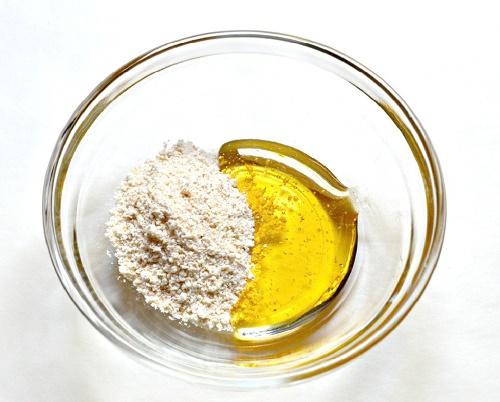 Mách bạn cách làm hồng vùng kín bằng dầu oliu