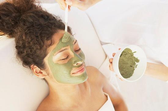 Cách nào trị tàn nhang cho da khô?