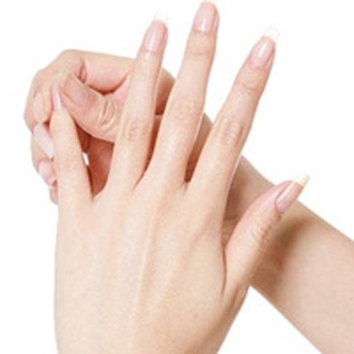 bơm mỡ vào tay