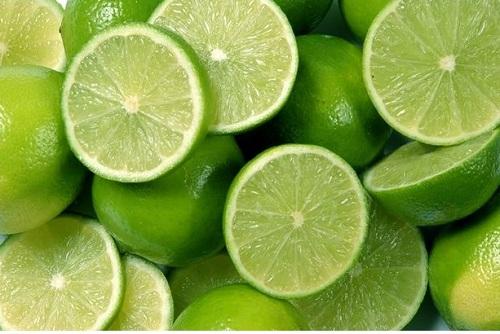 cách trị sẹo rỗ bằng rau má 6