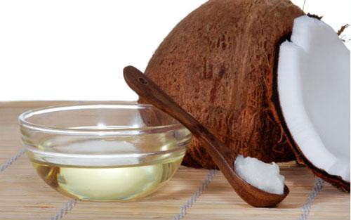 trị rạn da bằng dầu dừa 2