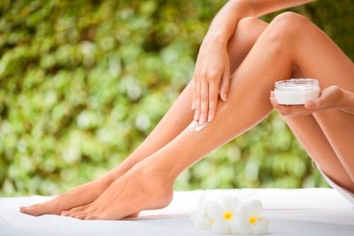 trị rạn da ở bắp chân 3