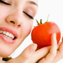 trị sẹo rỗ bằng cà chua `