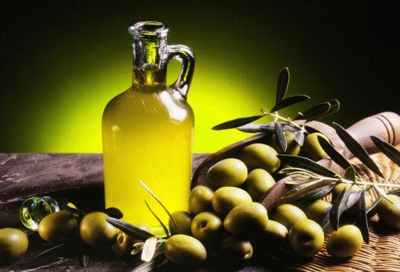 trị sẹo rỗ bằng dầu oliu 2
