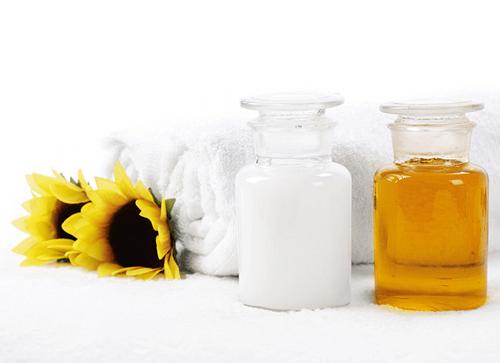trị sẹo rỗ bằng dầu oliu 4