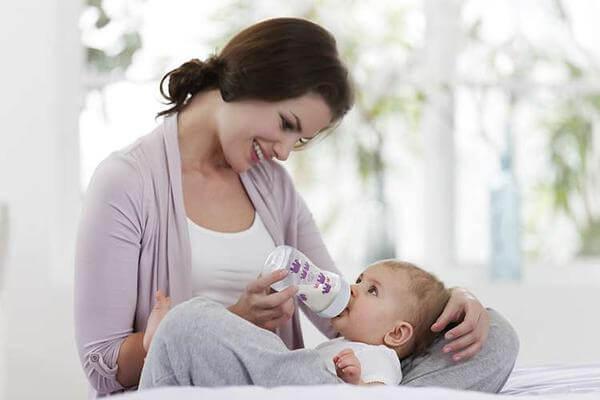 để ngực không bị chảy xệ sau khi sinh