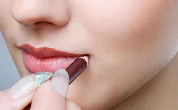 Cách làm môi dày thành môi mỏng