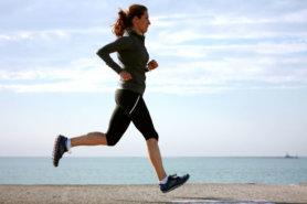 Chạy bộ là một trong những bài tập vô cùng quan trọng cho người cần giảm mỡ bụng dưới
