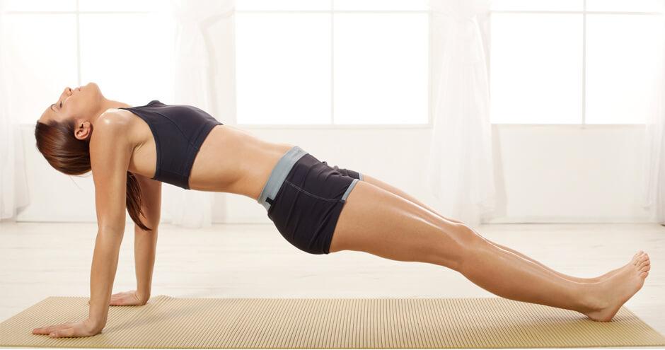 Bài tập Plank nâng ngược chân