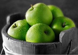 Nên ăn táo xanh thay vì táo đỏ nhiều đường