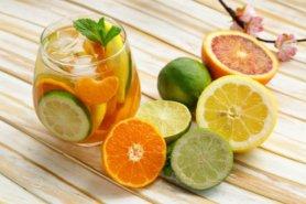 Vitamin C có nhiều trong trái cây họ cam, chanh