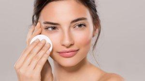Muối hột có nhiều công dụng tuyệt vời cho làn da