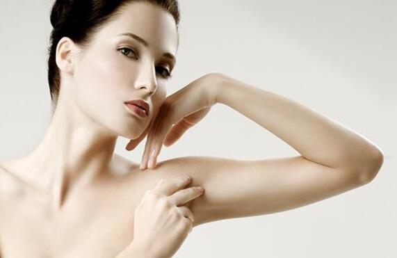 Bài tập giảm mỡ bắp tay không bị to cơ bắp